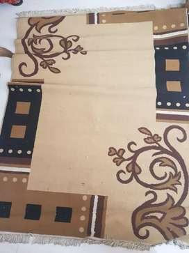 Designed  brown black carpet