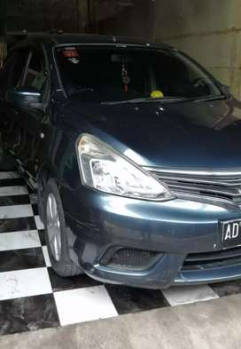 Dijual : Grand Livina 1.5SV AT