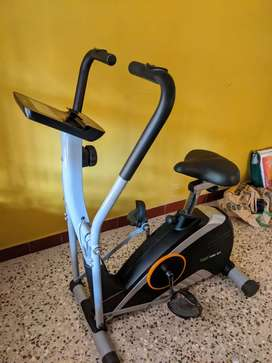 Propel seated cross trainer EFX
