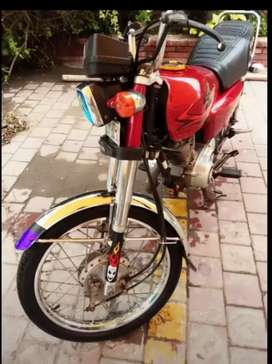 HONDA 125 A ONE CONDITION & ALL ORIGNAL DOCOMENTS COMPLETE