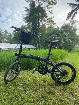 Sepeda lipat Odessy helio 7