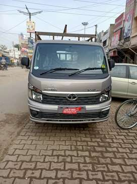 Tata intra V10AC kist all pending