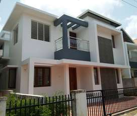 A NEW MODERN 4BED ROOM 4.250CENTS 1420SQ FT HOUSE IN AMALA NAGAR,TSR