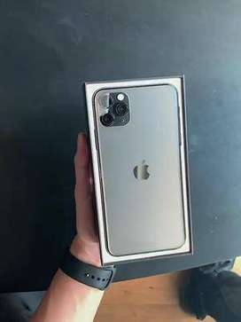 End of festive season sale of iPhone all models available at low $$