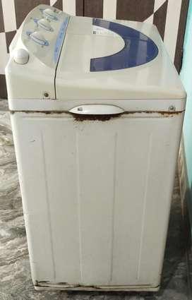 Old Samaung Sami Auto Washing Machine with Working Condition