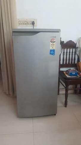 Samsung refrigerator with 4 star rating