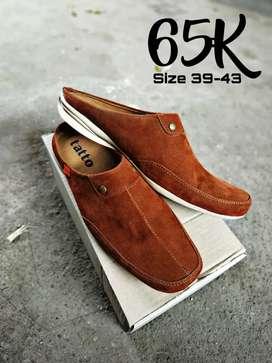 Sepatu slop casual murah