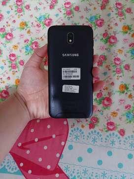 Samsung galaxy J7 pro- batangan +kotak