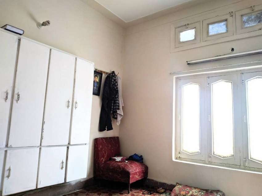 Room Available For Rent , Near Muslim Town More