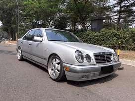 Mercedes benz E320 tahun 1998 V6 / Mercy new eyes