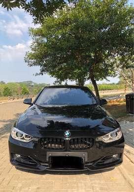 BMW 320i Sport F30 2013