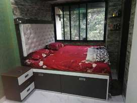 Fully Furnished PG for Girls / Boys or couple at prime location !!