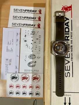 Jam tangan cowok pria Seven Friday