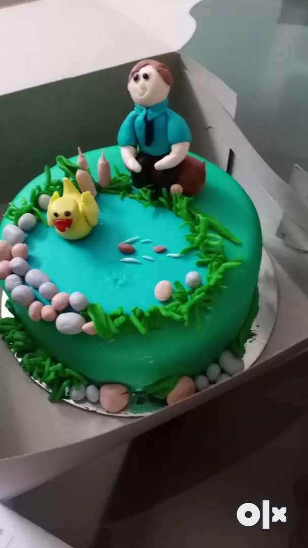 Female helper for Homemade cake baking centre 0
