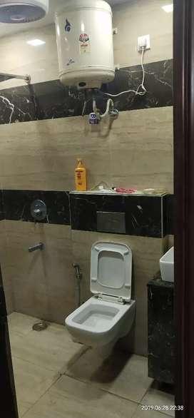 New floor 100 gaj in ramesh Nagar Namdhari Colony