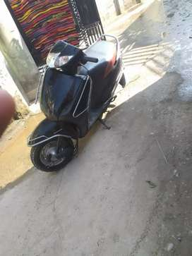 Activa good condition local number UK 07