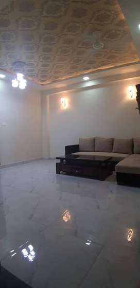 LUXURIOUS 2 BHK FLAT IN 21 LACS IN BLOCK OF 16 FLAT JAGATPURA.