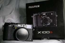 Kamera Fuji X100 S