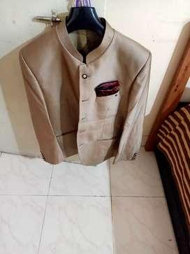 Jodhpuri suit unused with paint size 42