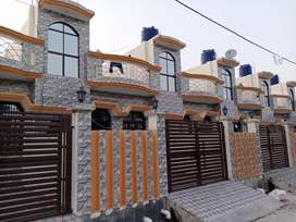 House for sale in buddheshwar lucknow