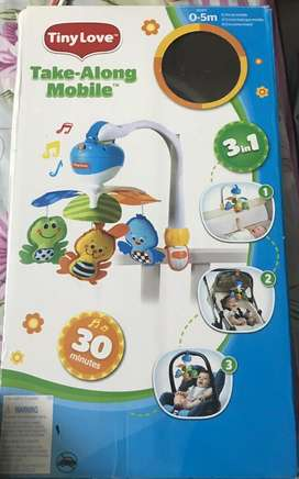 Revolving musical baby toy hanging