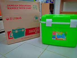 Cooler Box 22 Liter Green Leaf
