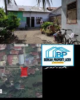 Tanah dan dua unit rumah lamteh pengoe
