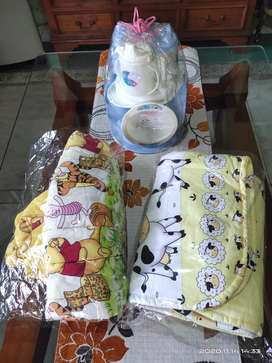 LUSTY BUNNY Alat Makan Bayi Selimut Gendongan
