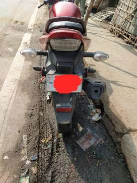 Honda CB Trigger 6years colour Red