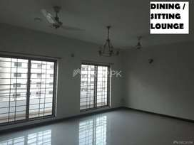 4 BEDS Apartment NEAR Mosque & Market for sale in Askari XI Lahore