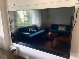 Barely used - Sony Bravia 49 inches, 2020 model