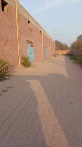 12,000 sq feet warehouse for rent old state area road multan