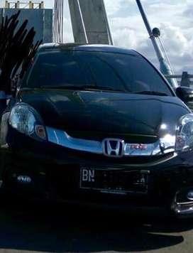 Honda Mobilio Tangan Pertama
