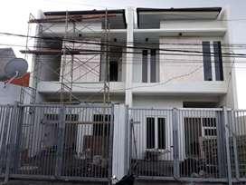 Rumah tenggilis mejoyo baru gress dekat jemursari surabaya