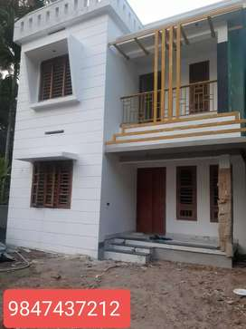Karaparamba  3 bhk new  stylish house