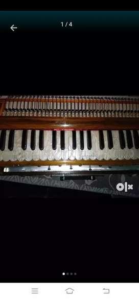 Harmonium new condition Special manufacturing
