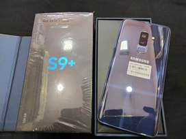 New Showroom condition Samsung S9 plus 256gb with original box kit