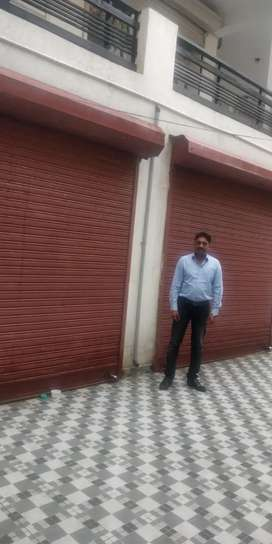 2 Shops in Tapovan, Rishikesh for sale (each 11'X27')