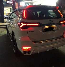 Toyota fortuner type3  tail light lambo urus style