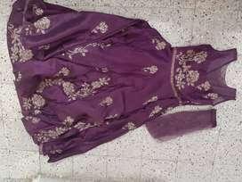 Purple gawn