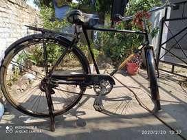 AVON cycle , lock system भी है ।