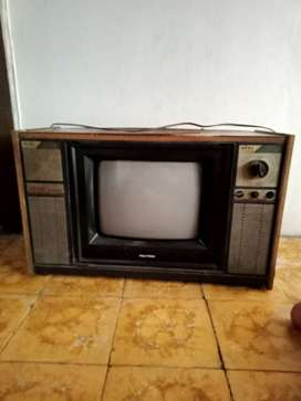 Tv tabung Polytron HI-FI sound system
