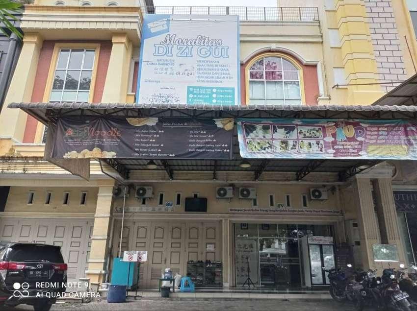 Ruko Gandeng 2 di Jl. Boulevard Timur Cemara Asri ( Dekat Power Box ) 0