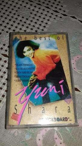 Kaset pita the best of yuni shara
