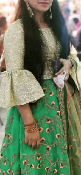 Dulhan darbar boutique skirt and top ...dupatta is not given