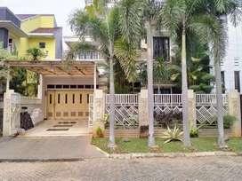 Jual rumah mewah di villa sepong