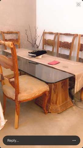 National furniture dining table