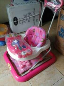 Baby walker family ada musik dan mainan