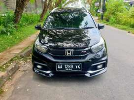 Mobilio RS at km 10 rb