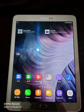 Samsung tab S2 T7815y 9.7inch